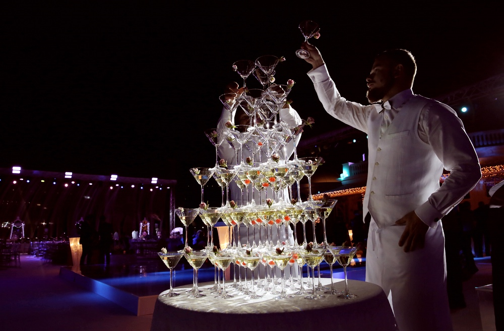 champagne-tower-go-bar-gallery -1 .jpg